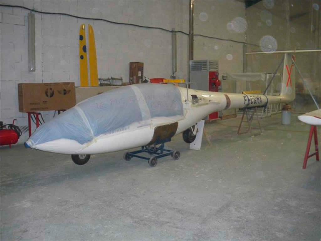 Réparation d'un fuselage de Marianne